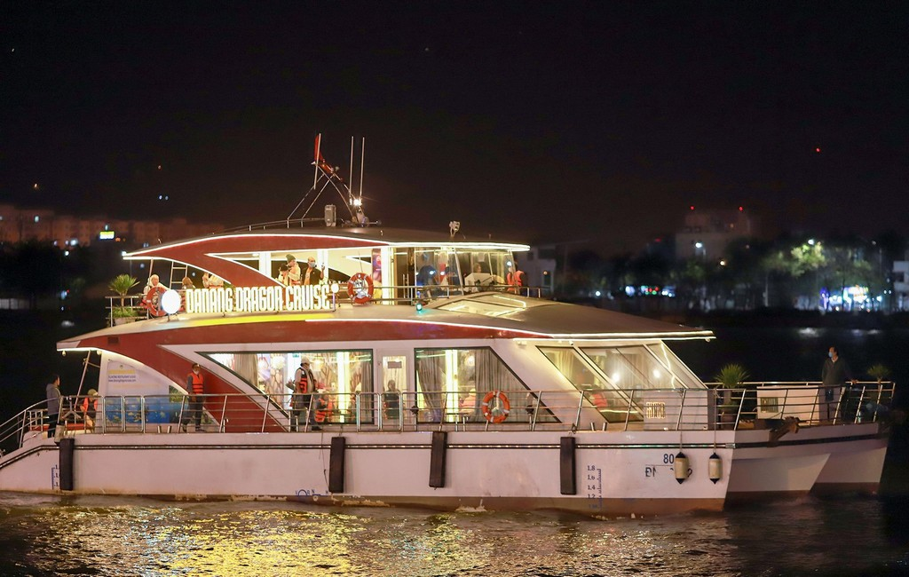 Danang Dragon Cruise