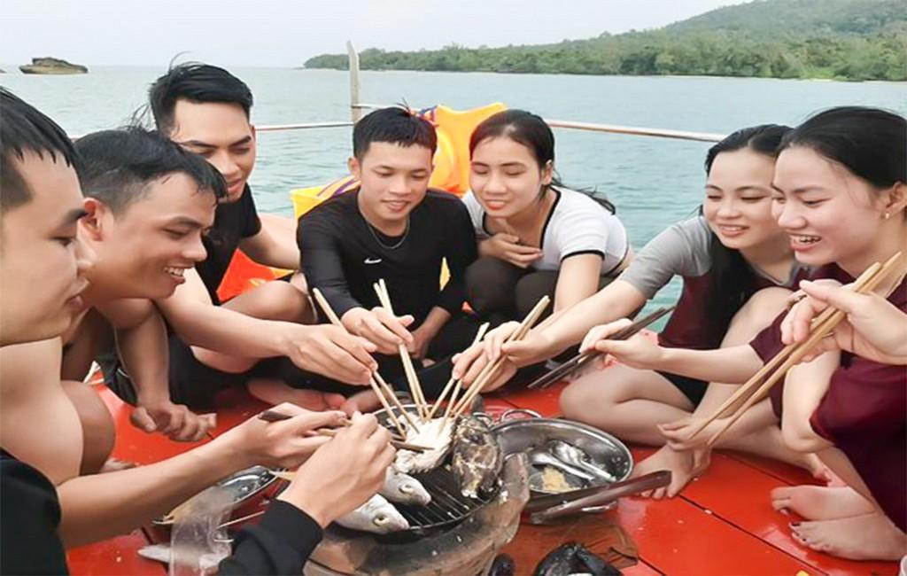 Tour cau ca Da Nang 2